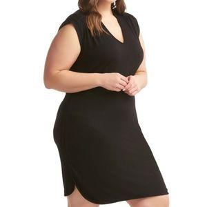 Lemon Tart 3X Mellie Black V-Neck Sheath Dress